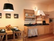 Cucina in legno massello
