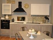 Cucina lineare bicolore