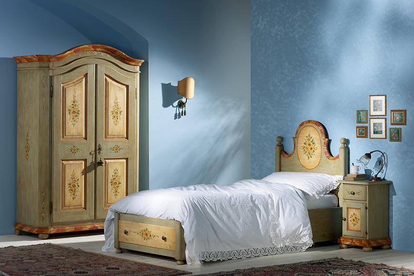 Camera da letto decorata rustica