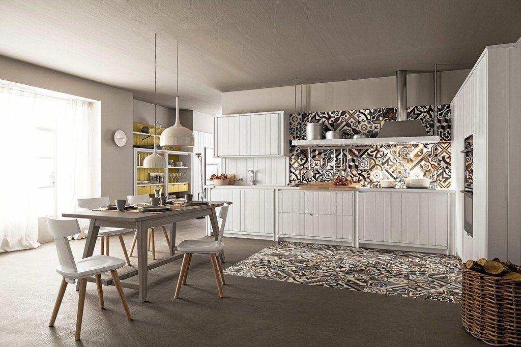 cucina bianca in legno laccato