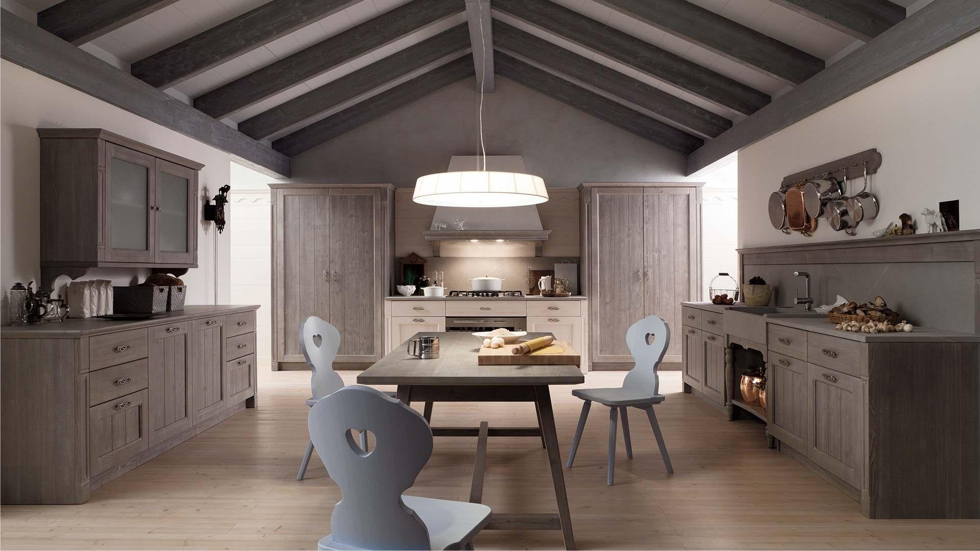 Scandola mobili arredamento in vero legno for Country house arredamento