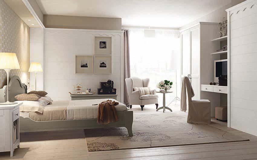 Camera da letto stile inglese: il legno protagonista