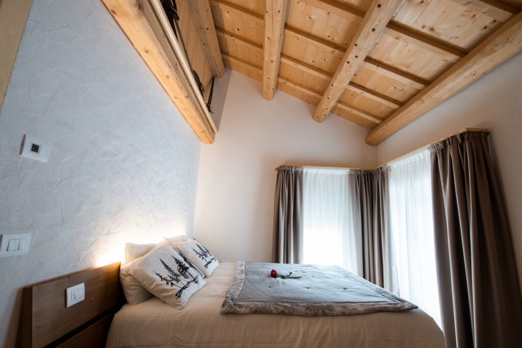 Mobili in legno per alberghi