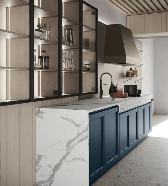 Cucina in legno blu