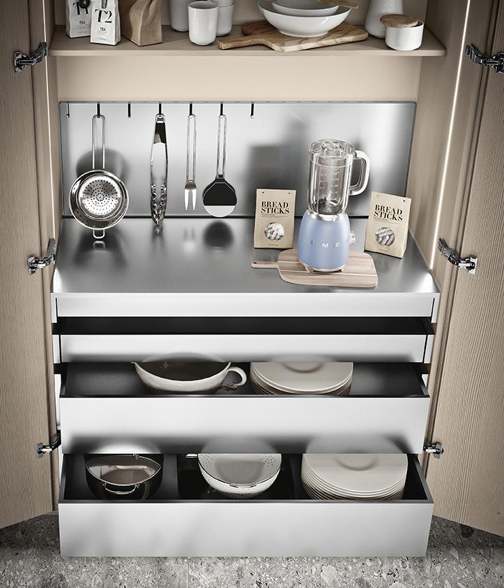 Cucina che si nasconde nell'armadio